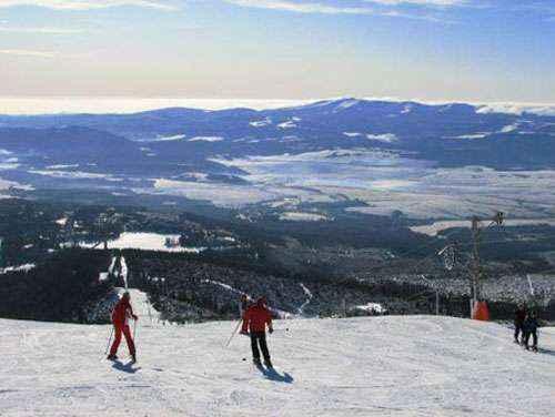 Khu trượt tuyết nổi tiếng ở Hàn Quốc. Ảnh: thethaovanhoa