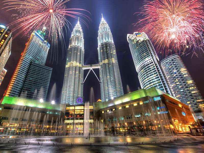 TOUR SINGAPORE- KUALA LUMPUR - PHUKET 5N4D (ST) DU THUYỀN