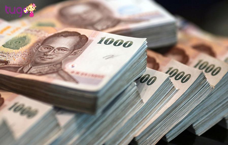 Ở Thái Lan, người ta dùng tiền Baht