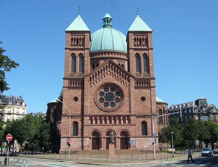 Kết quả hình ảnh cho Nhà thờ tin lành Saint Thomas: