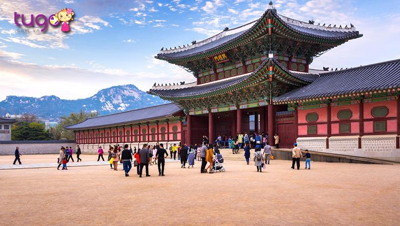 quang-canh-ben-ngoai-cung-dien-gyeongbokgung