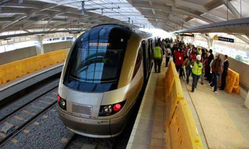 Tàu điện ngầm ở Bangkok là phương tiện đi lại giá rẻ và tiết kiệm thời gian hiệu quả