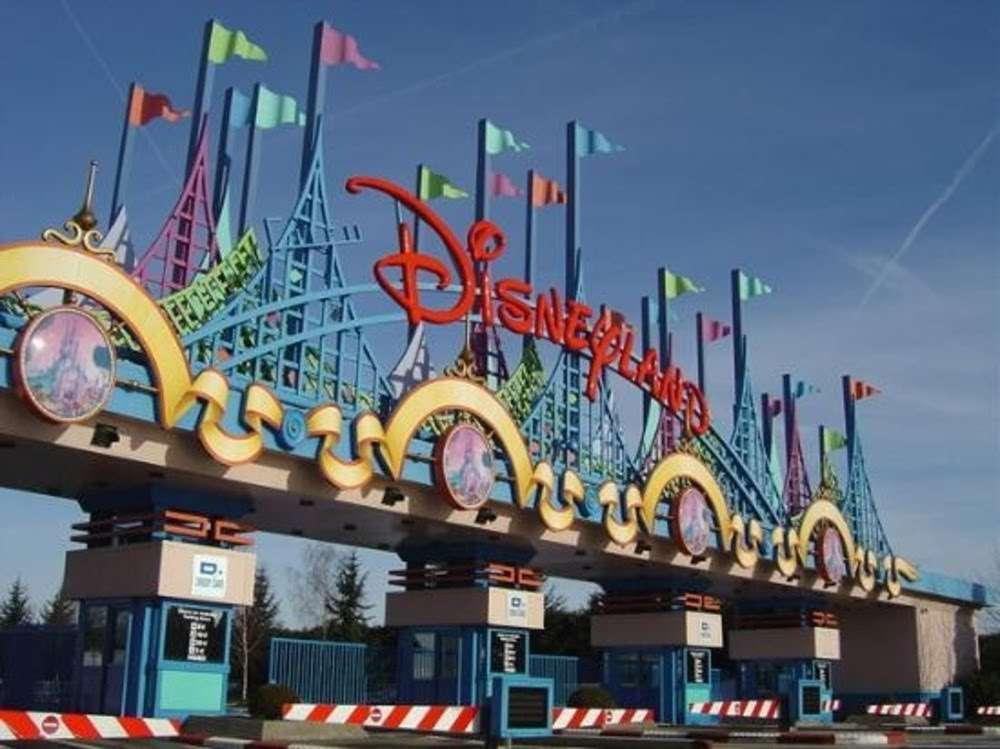 Cổng chào công viên Disneyland Paris