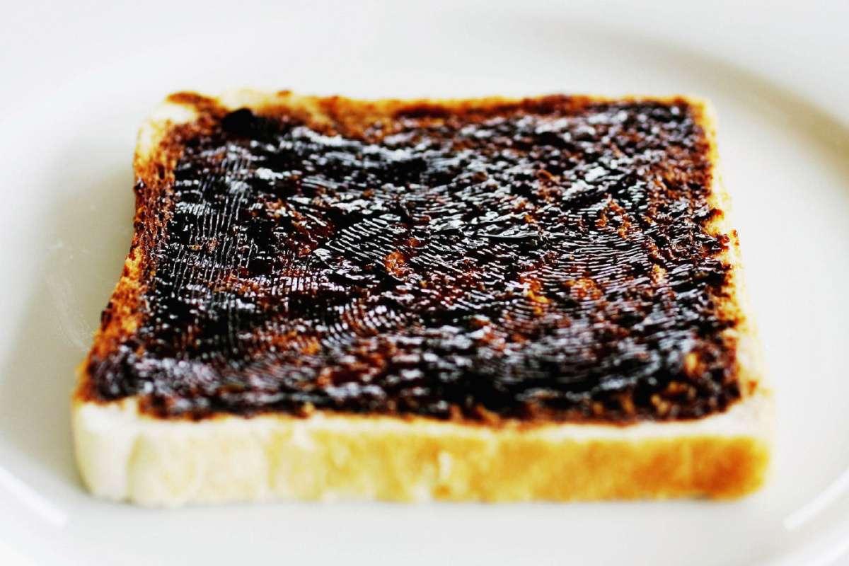 Sandwich vegemite là sự kết hợp tuyệt vời giữa Vegemite với những chiếc bánh sandwich đơn giản