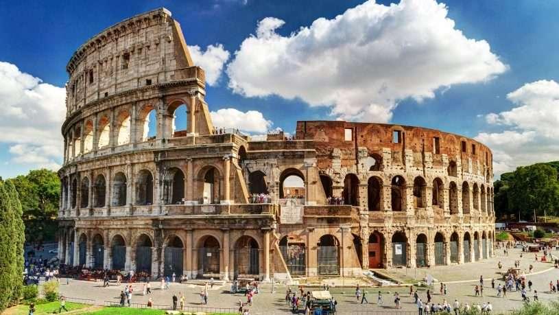 Tham quan thành phố Arles cổ kính