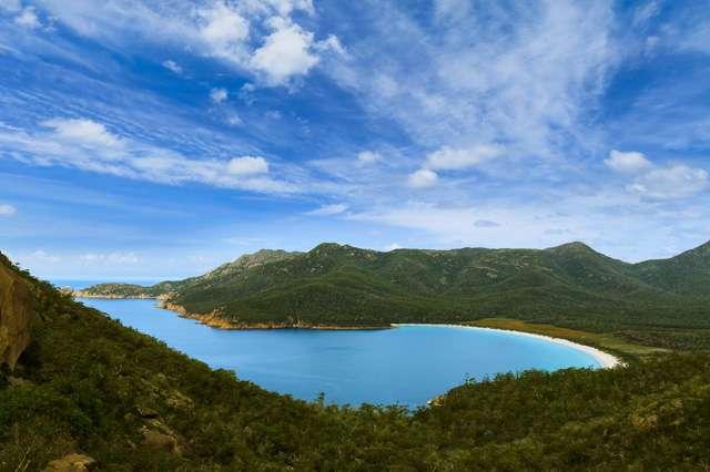 Nhiều cảnh đẹp hút hồn của Tasmania vào ngày nắng hạ