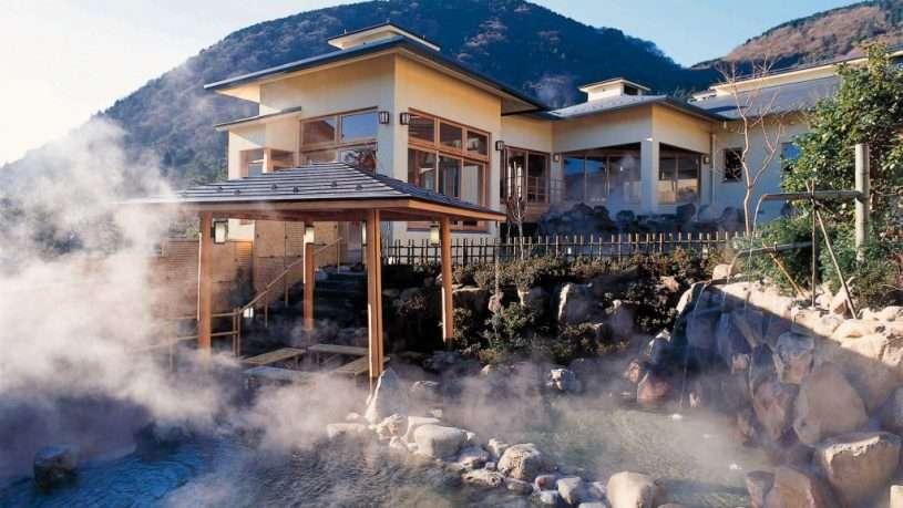 Hakone nơi nổi tiếng với những suối khoáng nóng