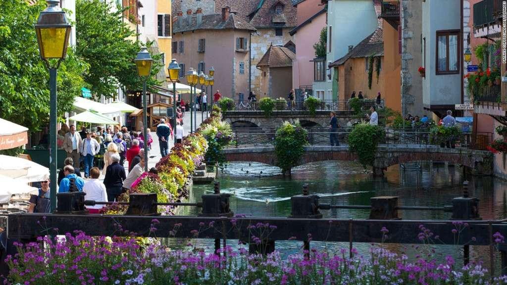Annecy thu hút rất nhiều khách du lịch