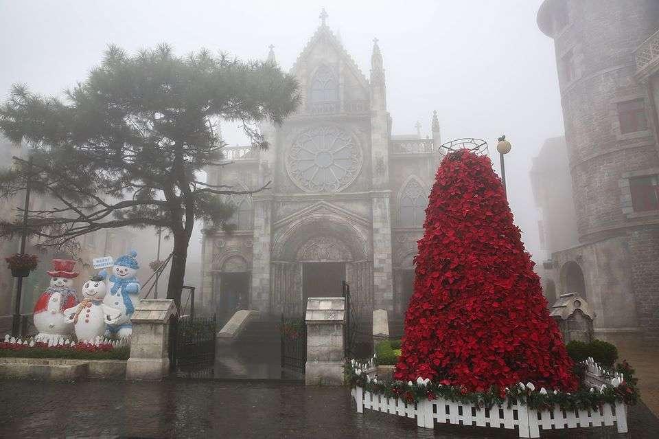 Bạn có yêu thích một mùa giáng sinh thật đặc biệt đậm chất châu Âu trong tiết trời đông lành lạnh?