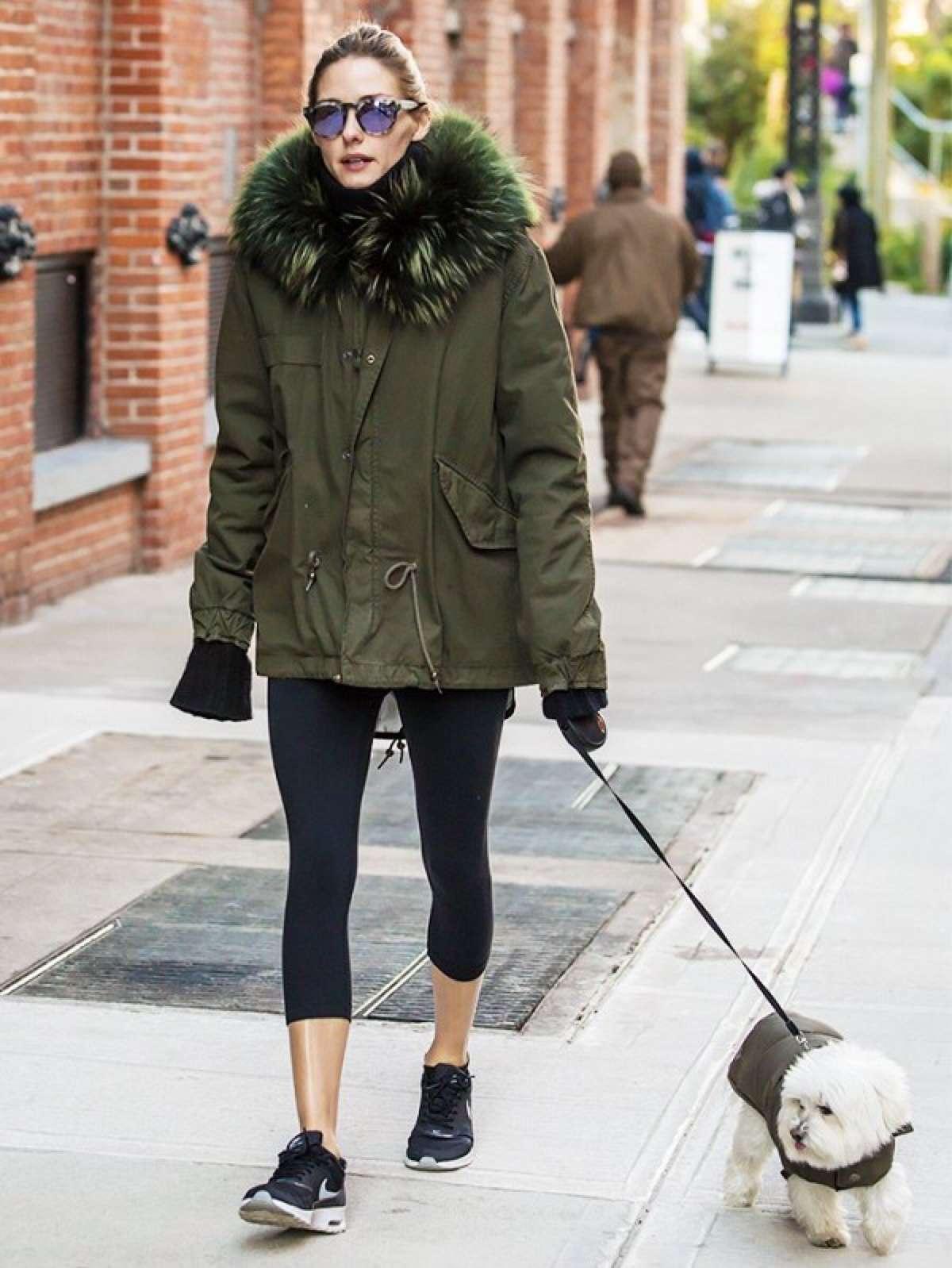 Bao tay giữ ấm và quần áo tối màu giữ nhiệt tốt hơn đồ sáng màu