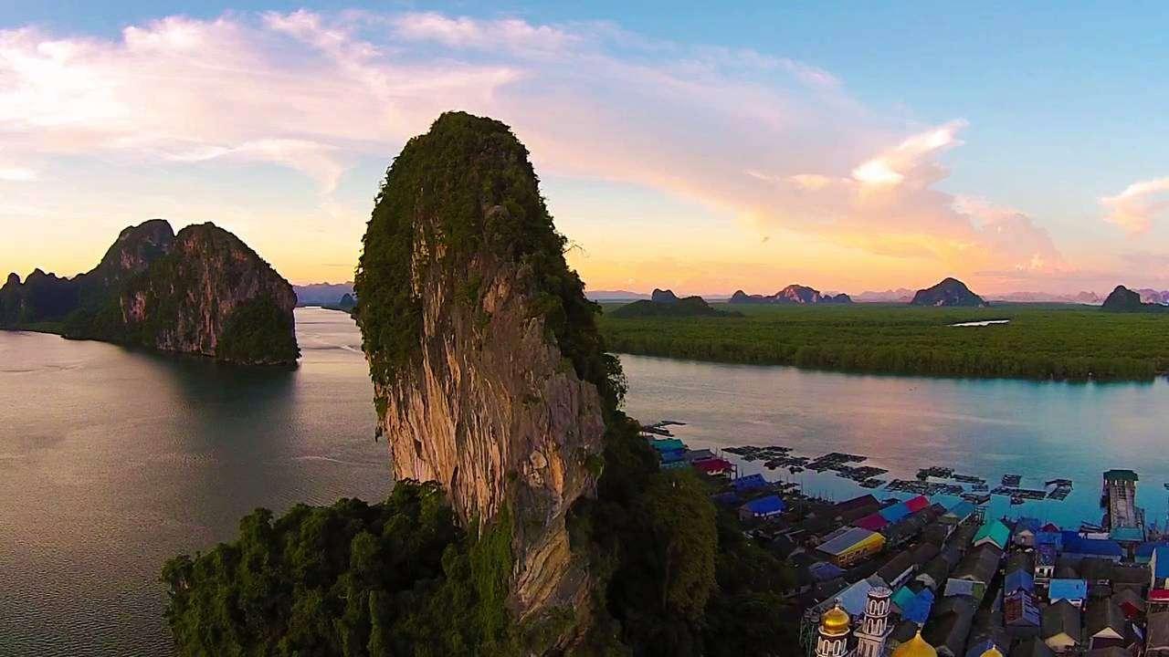 Ngôi làng chài Ko Panyi trong hoàng hôn rực rỡ-một cảnh đẹp yên bình hiếm thấy