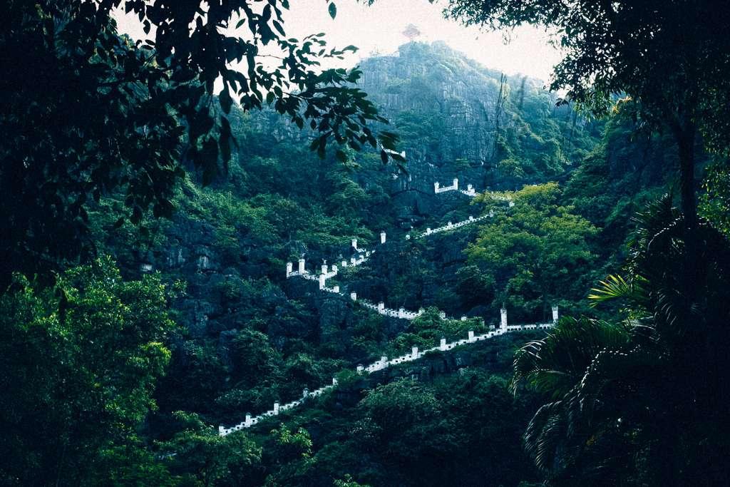 Cảnh đẹp tại Ninh Bình đang thu hút đông đảo giới trẻ