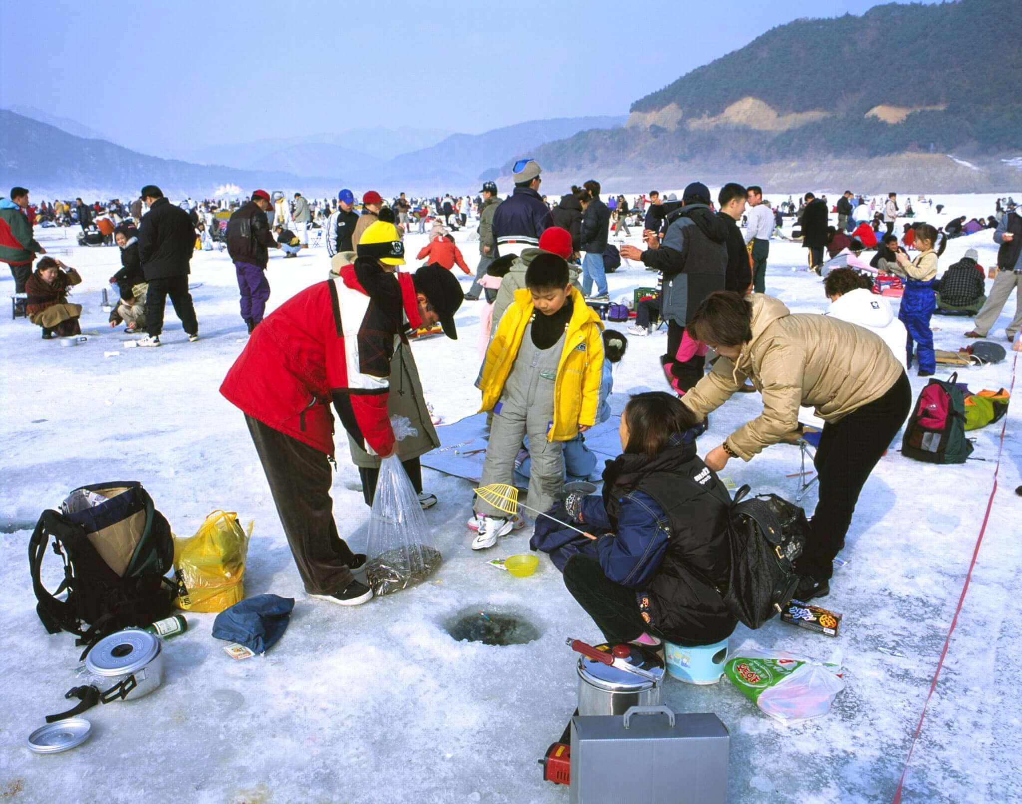 Lễ hội câu cá mùa đông