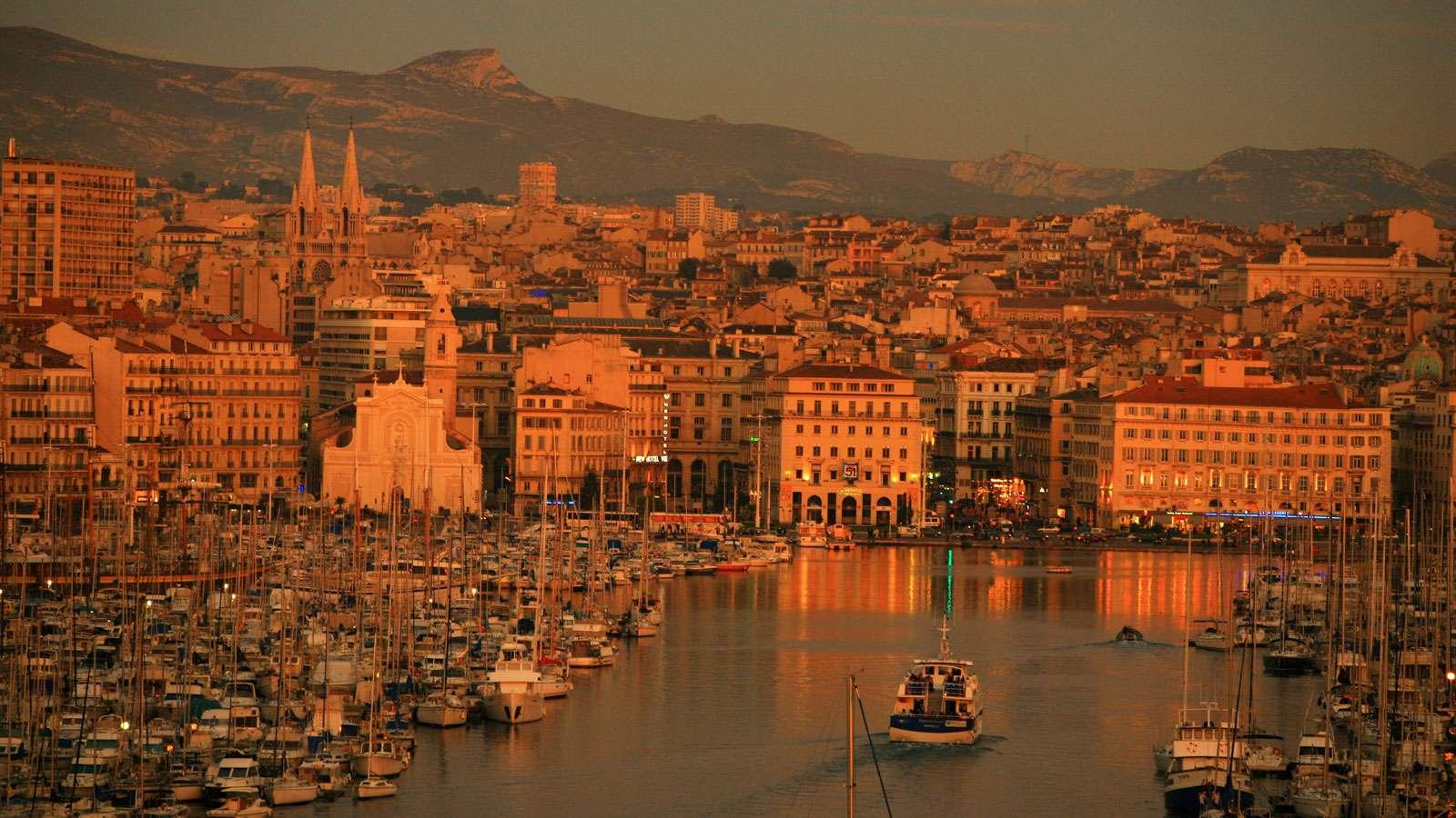 Marseille  - Bến cảng lâu đời của Pháp