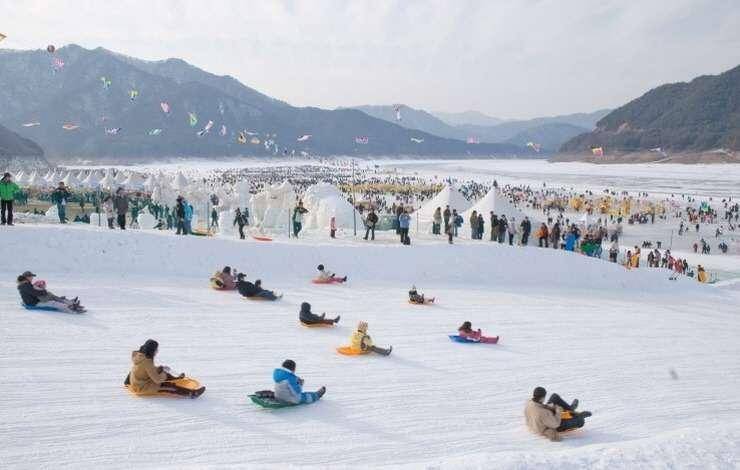 Lễ hội sông băng hwacheon sancheoneo