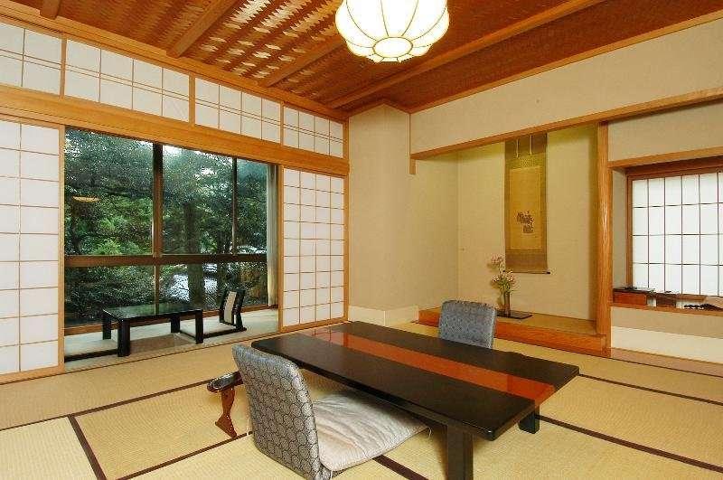 Chương trình du lịch nhật bản không thể bỏ qua Hoshi Hokuriku Awazu