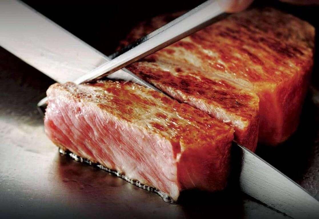 Đến Nhật Bản thưởng thức những món ăn từ bò Kobe