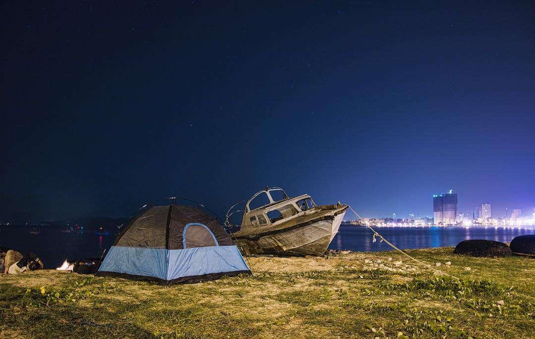 Cắm trại trên bán đảo Sơn Trà