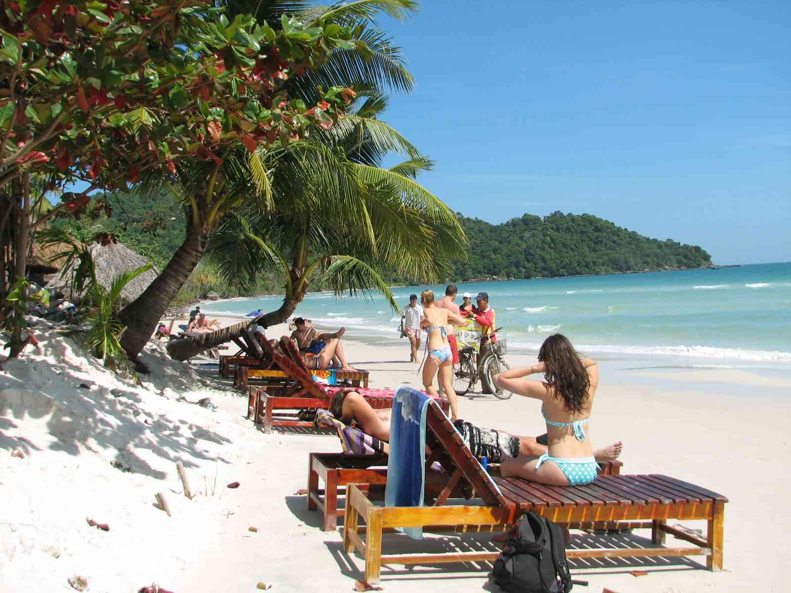 Thời điểm thích hợp nhất để du lịch đảo Phú Quốc là từ tháng 9 đến tháng 3 âm lịch hàng năm
