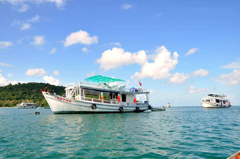 Câu cá là hoạt động thú vị tại Phú Quốc