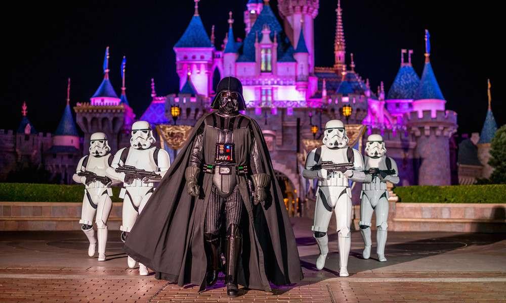 """Disneyland ở Paris tổ chức """"Season of the Force"""", hứa hẹn mang đến cho du khách không gian"""