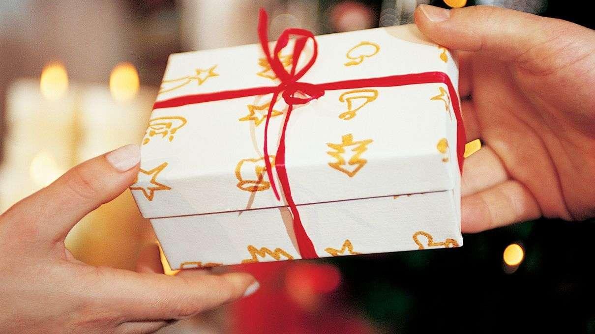 Những món quà luôn mang lại niềm vui cho cả người tặng và người được tặng