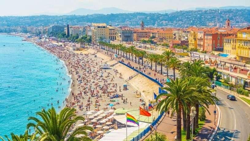 Nice là một trong những điểm du lịch ở pháp