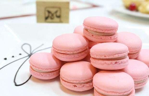 Bánh Macaron chắc chắn sẽ là món quà lưu niệm hết sức độc đáo từ nước Pháp