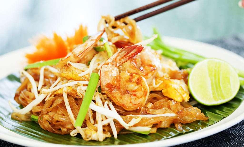 Món ăn nổi tiếng và phổ biến nhất của xứ sở chùa Vàng