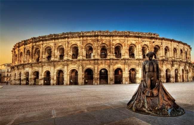 Đấu trường La Mã cổ, công trình tiêu biểu ở Arles