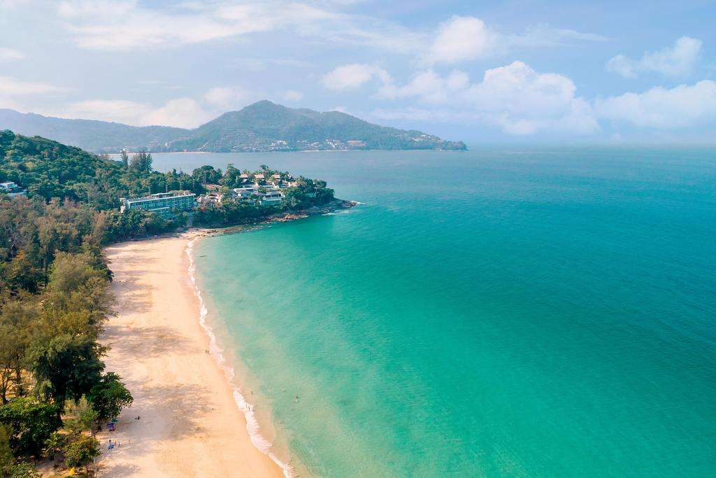 Bãi biển Surin mang lại cảm giác thư thái và hấp dẫn đối với khách du lịch