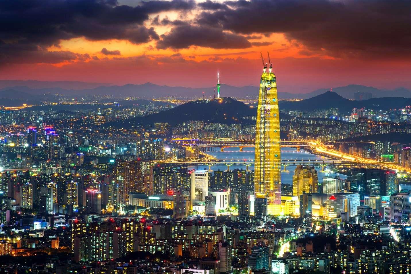 Seoul rực rỡ ánh sáng trong hoàng hôn
