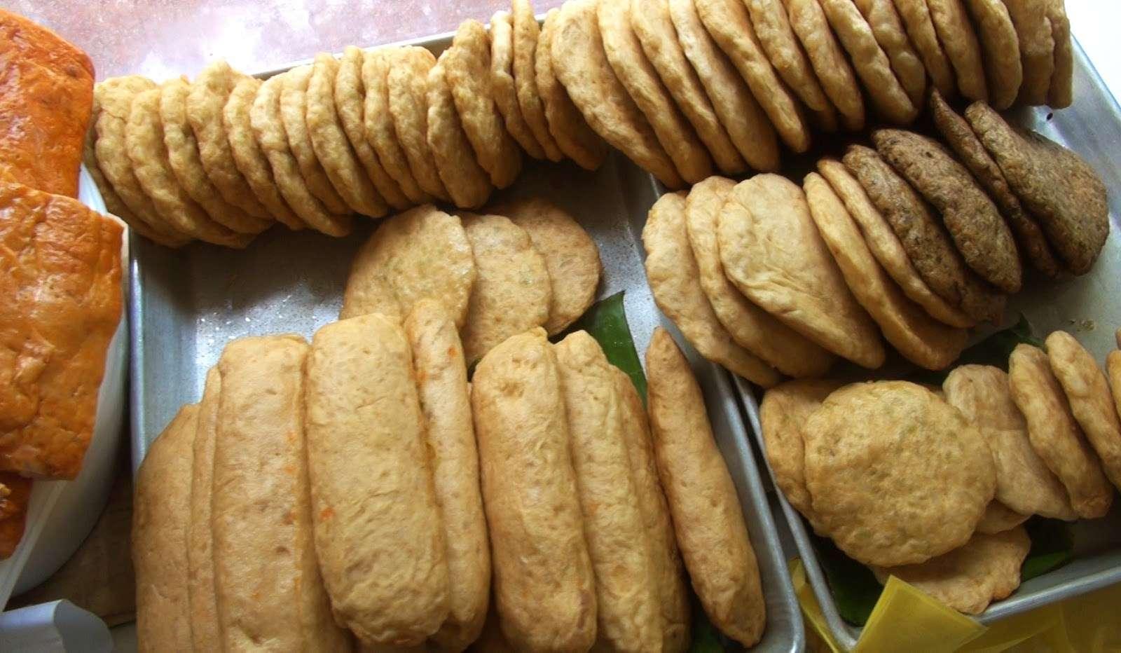 Thức ăn đã chế biến nguồn gốc động vật: ruốc, giò, chả, bánh chưng, lạp xưởng đều bị cấm