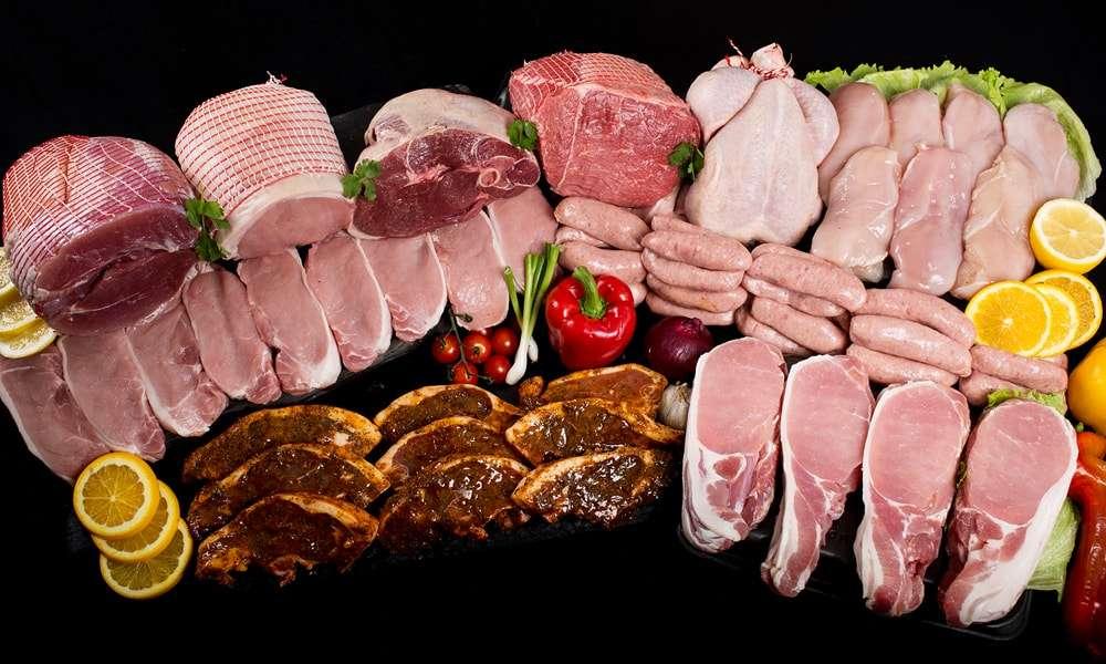 Thịt sống và các chế phẩm từ động vật như sữa, da,... cũng không ngoại lệ